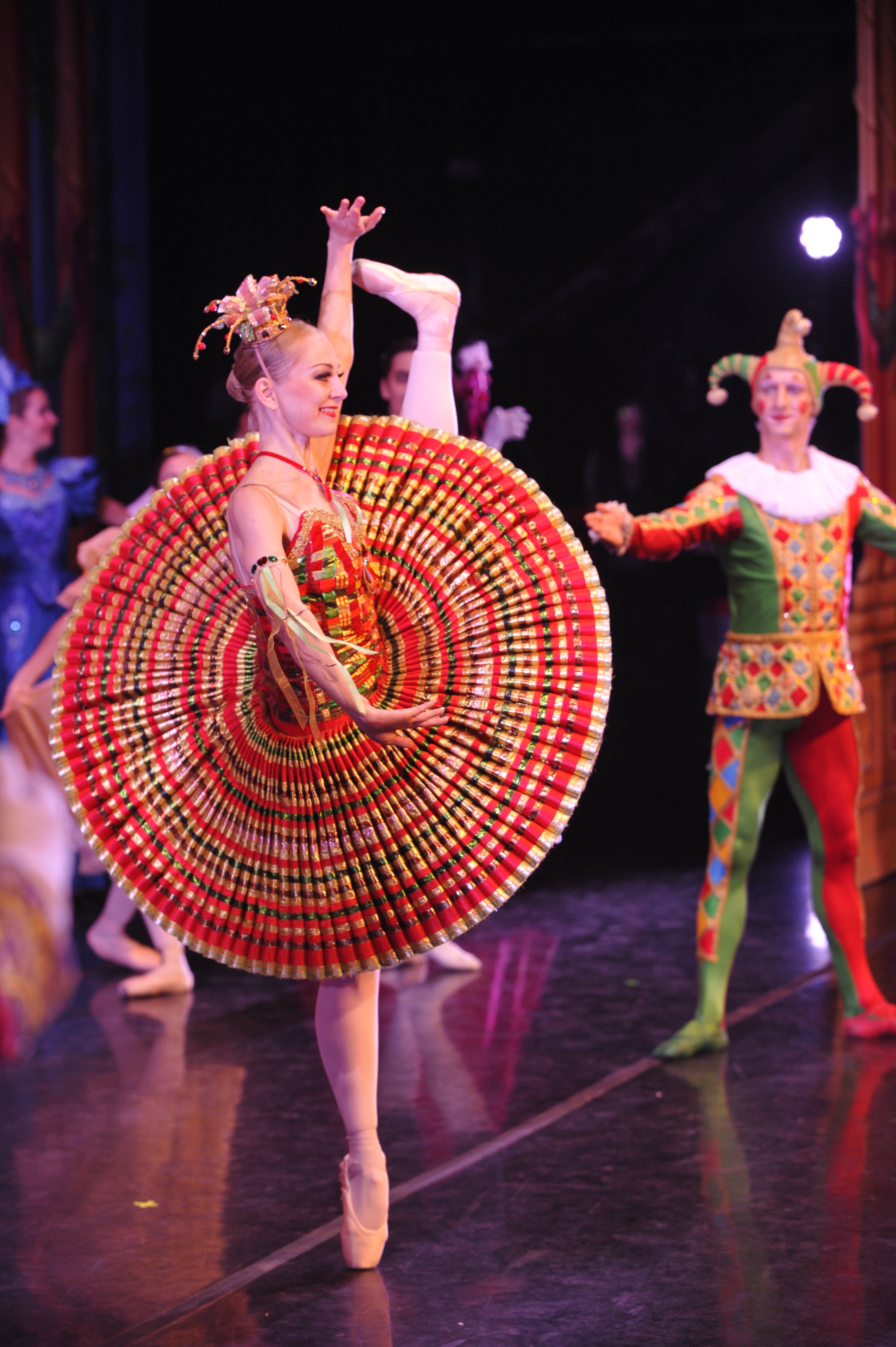 Moscow Ballet's Kissy Doll & Harlequin