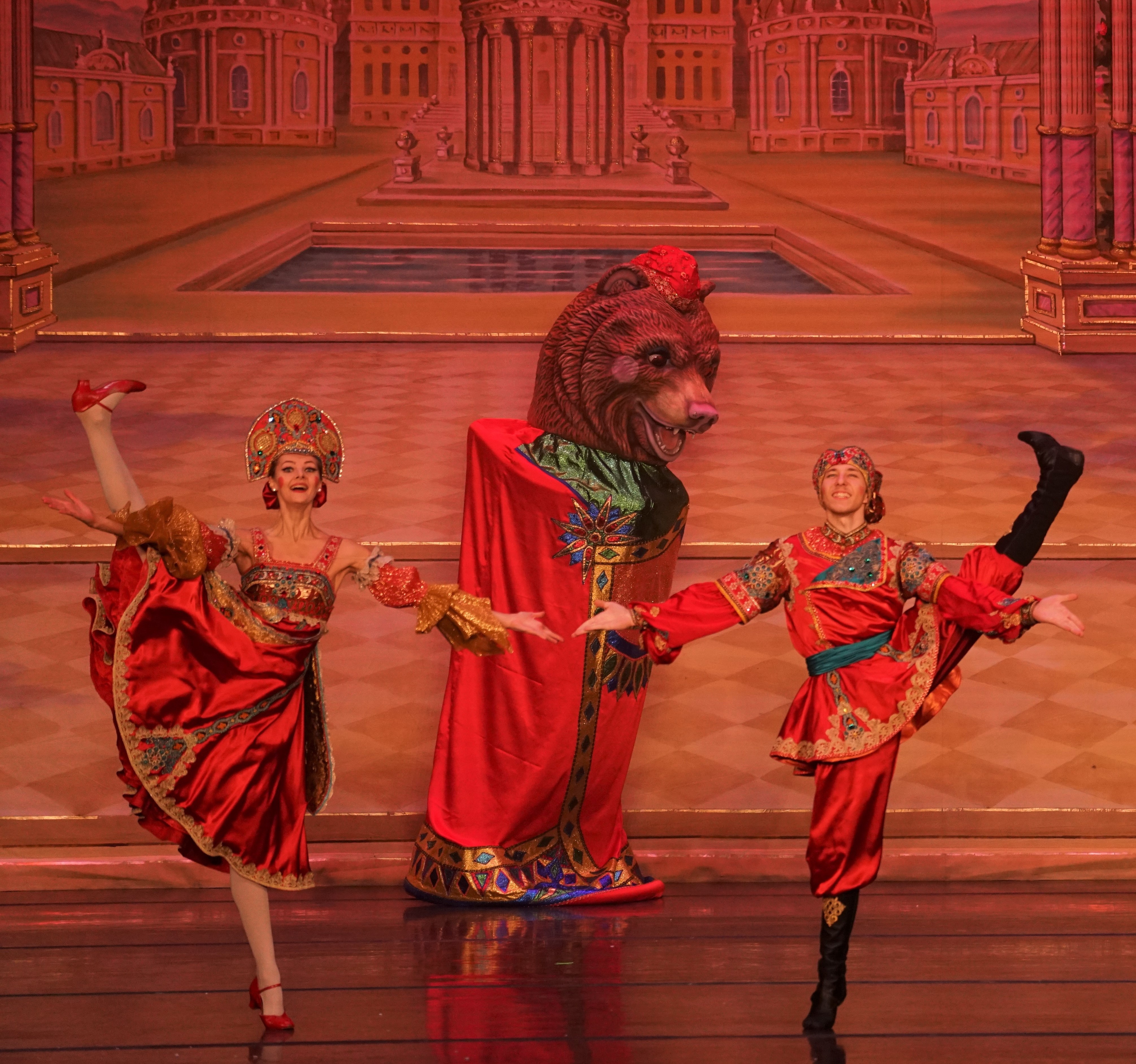 Moscow Ballet's Russian Variation