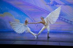 Moscow Ballet's Dove of Peace