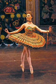 Moscow Ballet's Great Russian Nutcracker, Kissy Doll