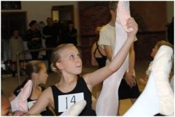 Students audition for Moscow Ballet's